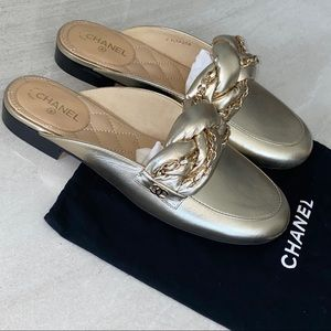 CHANEL Gold Leather Chain Sandals Slippers Sz 37.5